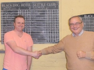 Captains David Clorley (Novus) and Mike Jewkes (Ambion) shake hands at the end of the fun competition