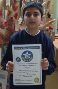 Arun Dave with his certificate